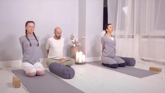 Yin Joga równoważenie Czakr